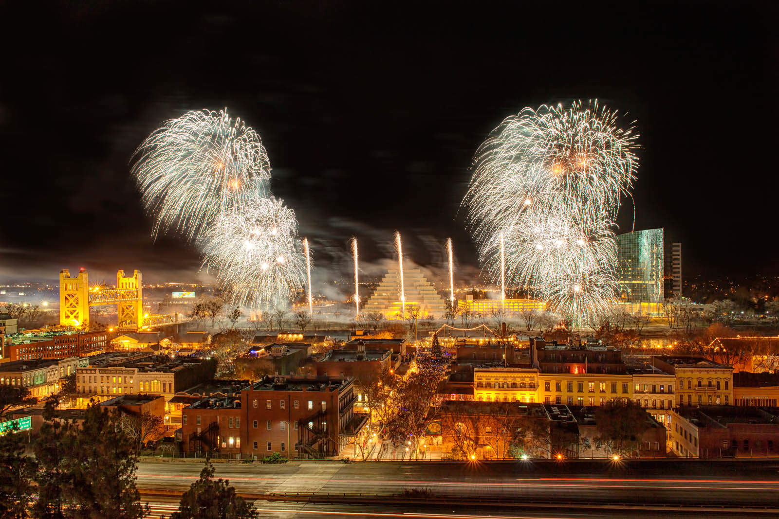 Ney Years Eve Fireworks by Pyro Spectacular